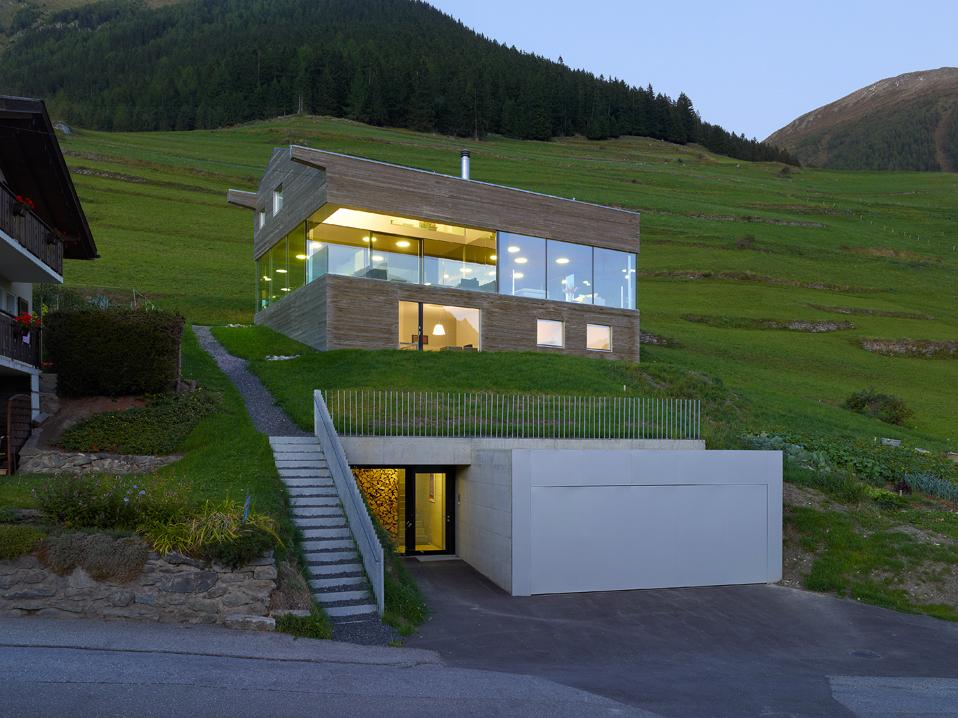 Haus val d 39 entremont savioz fabrizzi architectes for Haus bauen architekt